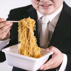 ダイエットの天敵・・・カップ焼きそばを食す/ダイエットチャレンジ196日目