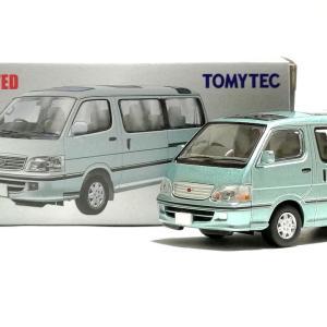 トミカリミテッドヴィンテージNEO LV-N216b トヨタ ハイエースワゴン スーパーカスタムG 2002年式