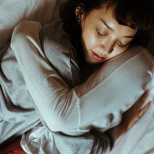 【簡単】自律神経とは。交感・副交感神経についても。睡眠、呼吸、内臓の働きなどとも関係あります