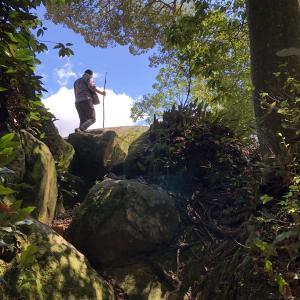 武田山登りました(その1)山頂の銀山城跡です。