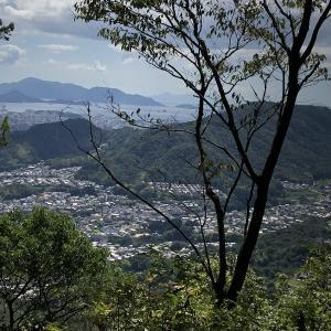 武田山登りました(その7)いよいよ、銀山城本丸です。