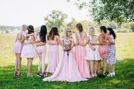 ワーホリ中に結婚式にお呼ばれしたら、、、、、帰国するしない問題!!!