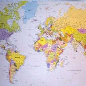 世界地図の中心