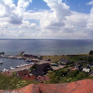 チコブラーエゆかりのベン島の港