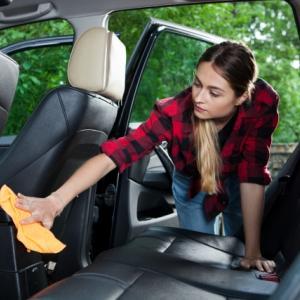 車内の臭い対策にはこれ!! おすすめの臭い対策(アイテム・方法)