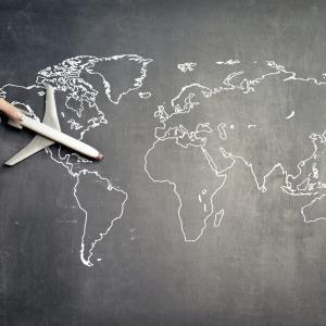 一般教員が留学を決心した理由をお話しします。