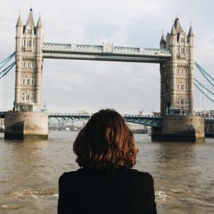 英語教員に留学経験は必要か【結論:必須です】