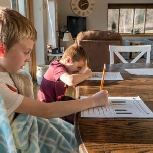 小学1年生の家庭学習は宿題+何分?自主学習のおすすめ教材
