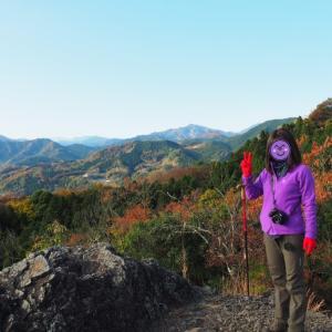 金鑚神社から登る神川御嶽山 2020.11.22