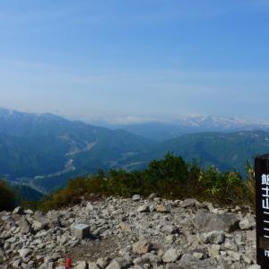 【飯士山】山の恵と展望と 2021.05.15
