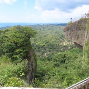 鋸山日本寺 境内に多彩な観光スポット