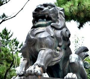 京都 北野天満宮 天満宮といえば牛!ですが、狛犬に感動。