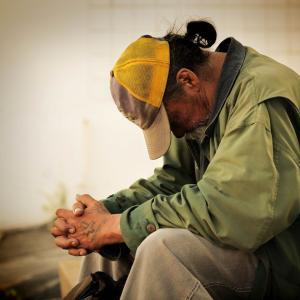 日本のニュースが実につまらない。そして、日本人は貧困になっていく。