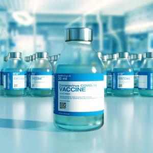 新型コロナワクチン、副反応で失明者が多数いる模様。学生に接種開始した自治体も。