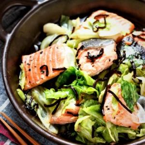 熱中症対策 レンジで簡単 鮭とキャベツの蒸し物
