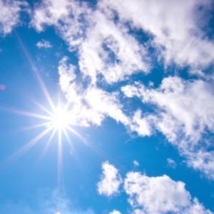 空の青さを知る人よ