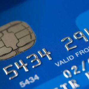 【米国株の企業分析】世界No.1クレカ会社であるビザ(V)の銘柄分析と株価予想【Visa Inc.】