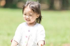 虹色の子どもたちが未来を変える 「完結しない個性」が示す可能性