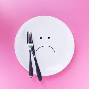 【ダイエット】食べないで痩せるのがNGだと分かる簡単な理由【3選】