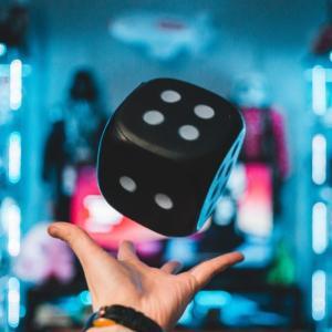 人生を適度なゲーム性を持って生きる方法【3選】