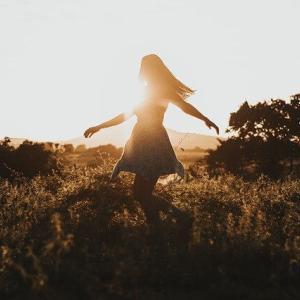 【毒親育ち】何者かにならなくても あなたには価値がある、幸せになれる!