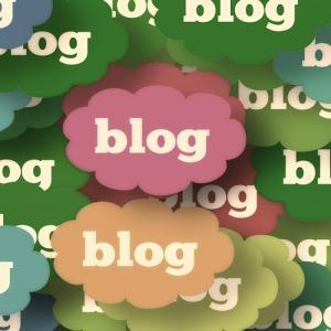 ブログで使う無料のイラストをどこからダウンロードしているか
