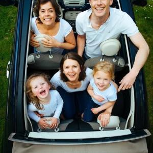 子育て家族のファミリーカー選び