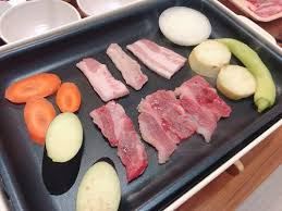 【BRUNO(ブルーノ)】でお家焼肉を楽しむ方法を紹介