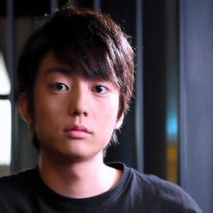 【俳優】伊藤健太郎がテレビで真相告白「夢なら早く覚めてくれって…」「なんで自分で救急車、警察を呼べなかったんだろう」