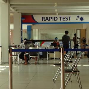 空港でRAPID TESTが受けれるようになりました。