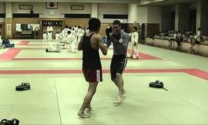 【チーム・ファイヤー】YOSHI vs MATT キックボクシングKO battle 20110907