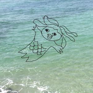 海水浴場のアマビエさん