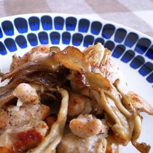 【年金生活の日々ごはん】タサン志麻さんの「豚肉ときのこのソテー」を鶏肉にアレンジ。