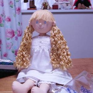 【年金暮らしの手芸生活】手芸用品の整理と手作り人形の髪の毛をソバージュヘアに