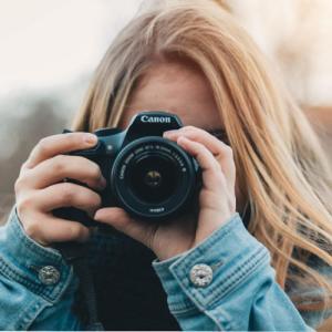 うさちゃんな僕ちんはカメラよりスマホで写真を撮りたいんだぞぉ~