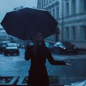 【Rain On Me/Lady Gaga&Ariana Grande】歌詞(和訳)の意味を徹底解釈!