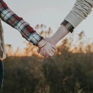 男女の恋愛は曲がり角と『横丁』で衝突する ~横丁ってホントに出会えるの?~