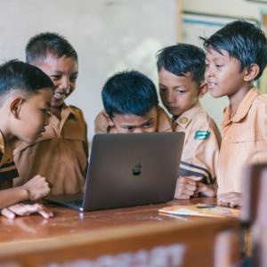 スクラッチとは?子どものプログラミング学習に最適なソフト紹介