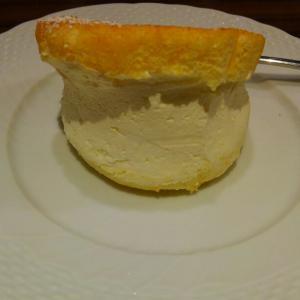 スフレパンケーキのクリームを丼でください