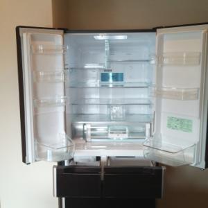 冷蔵庫の中は掃除してる?意外と知らない臭いと細菌の温床