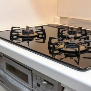 キッチンコンロの油はどう掃除するのがいい?諦めかけた焦げも解決