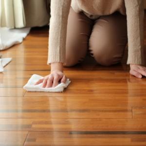 家の床の掃除が簡単に終わる!?あれが一家に一台置いてあれば十分