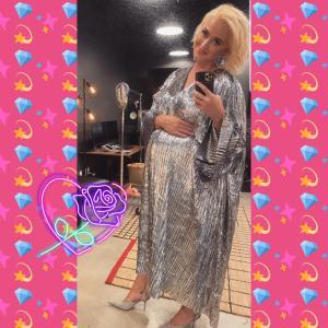 妊娠中ケイティ・ペリーの激可愛ドレス♡