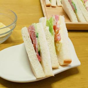 高級食材でサンドイッチを