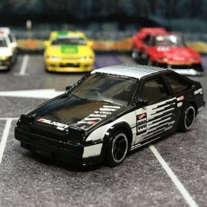 ホットウィール トヨタ AE86 スプリンター トレノ HCM39 ベーシックカー Hot Wheels