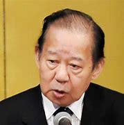 【速報】二階幹事長・側近秘書3人が「和歌山カラオケバー会食」→12人が感染するクラスターに  文春