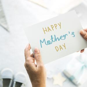【母の日】本当に喜ばれるおすすめギフトランキング10選
