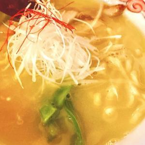 ミシュラン・ビブグルマン2年連続獲得 の上品な鶏白湯ラーメン 「麺酒処 ぶらり」