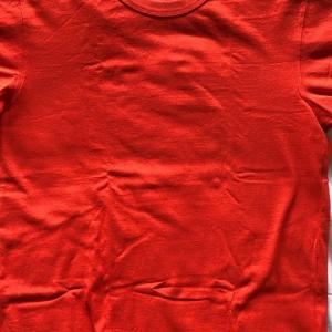 オレンジのTシャツ 2