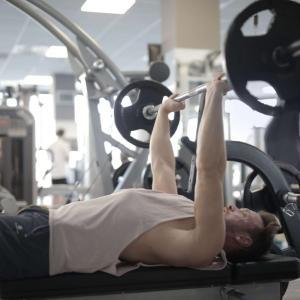 【2021最新】中高年シニアパーソナルトレーニング大阪、東京安い 50代筋トレ男性おすすめパーソナル ジム 厳選4